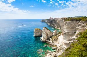Oto kiralama Fransa - Korsika