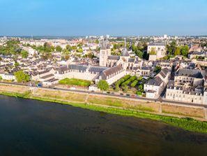 Araba kiralama Blois, Fransa