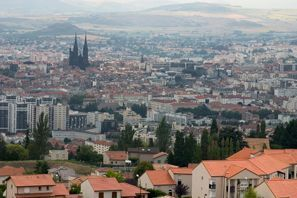 Araba kiralama Clermont Ferrand, Fransa