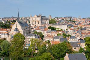 Araba kiralama Poitiers, Fransa
